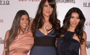 Kourtney Kardashian with Khloe Kardashian and Kim Kardashian at the 'Keeping Up With The Kardashians' Season 2 Premiere Party hosted by HYPNOTIQ. Les Deux, Hollywood, CA. 03-19-08